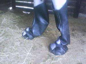 Inner tube soaking boots